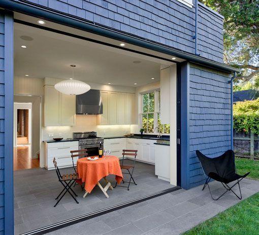 Cocinas abiertas al exterior docrys cocinas for Puertas correderas terraza