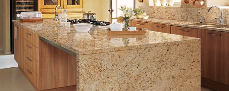 Encimeras de granito sinatra gold y arizona de naturamia - Cocinas con encimera de granito ...