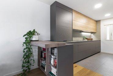 Ventajas y Desventajas de las Cocinas Abiertas al Salón