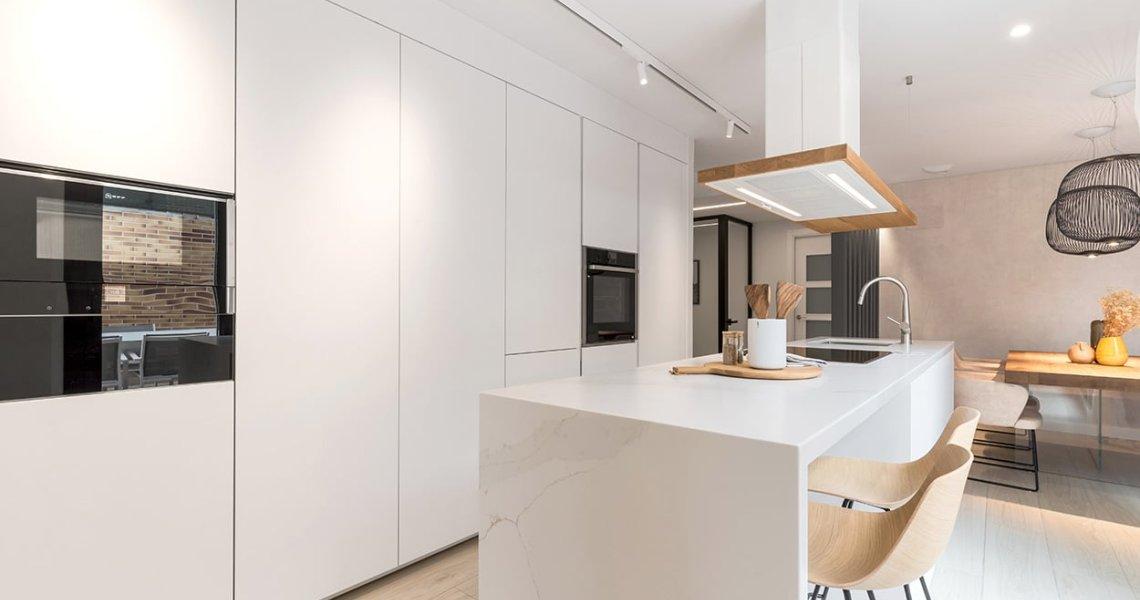 Diseño Cocina Santos Blanca con isla