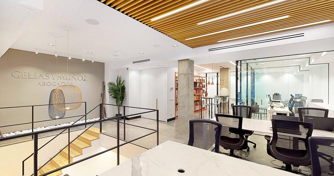 Proyecto completo de interiorismo y decoración despacho de abogados