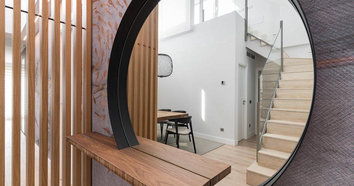 Salón y Comedor de Diseño, Espejo Decortivo