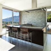 Barra en cocina rustica moderna